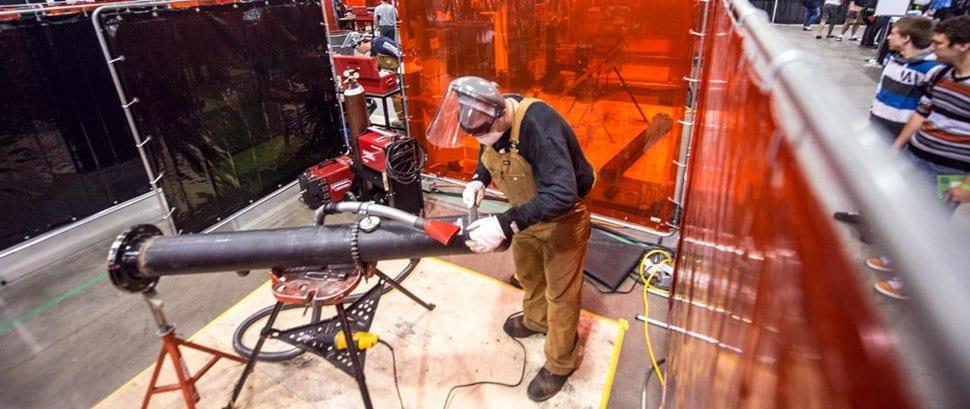 Installation de tuyauterie et de réseaux de gicleurs